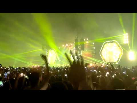 Coldplay in Bangkok - Yellow
