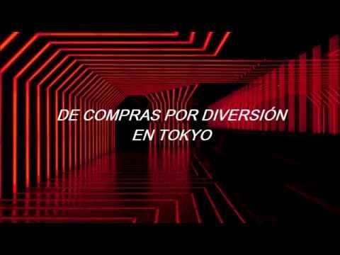 CL.-HELLO BITCHES [Traducción al español] AUDIO 3D