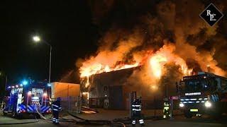 Zeer grote brand kunststoffabriek Debecom Spuiweg Waalwijk