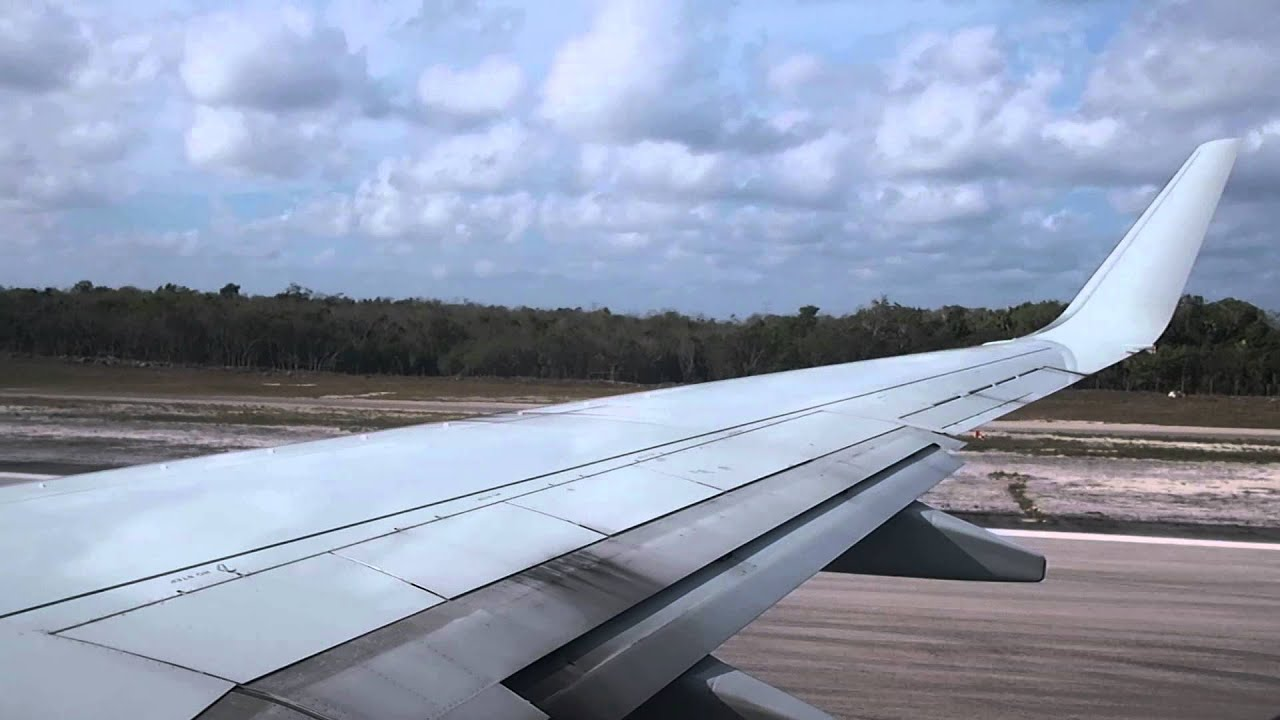 American Airlines Aa141 Cun Mia Take Off From Cancun Intl