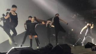 ariana grande be alright everyday chicago united center dangerous woman tour 31417