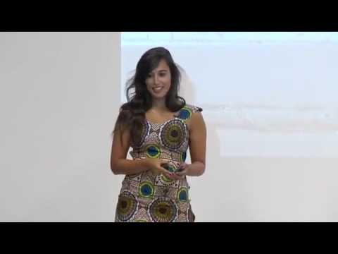 Azahara García: Sé el cambio que quieras ver en el mundo (2015)