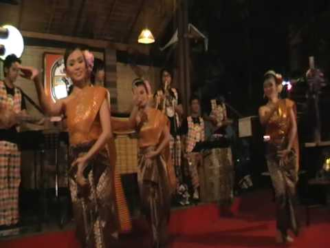 Traditional Thai dance from Issan