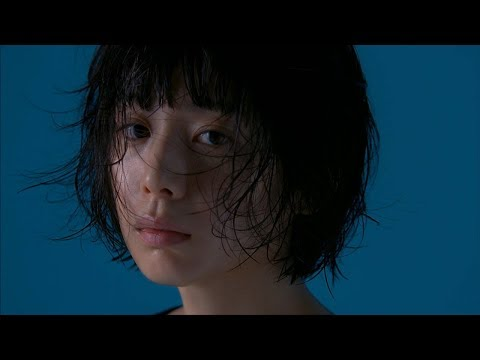 """夏帆、自然体の中に意志がある""""デュアルな顔""""を表現 スキンケアライン『Dual Face』新CM「攻めのオーガニック」篇&メイキング映像"""