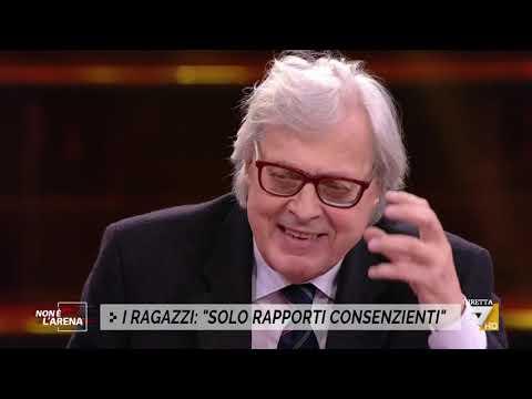 """Grillo gate, Vittorio Sgarbi: """"Grillo ha perso la testa, un uomo non più degno di stima"""""""