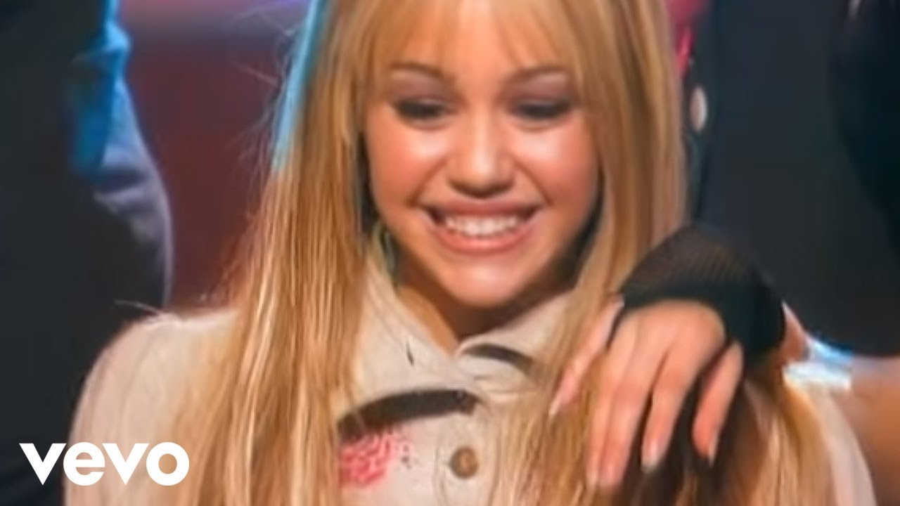 Best of both worlds?! Miley Cyrus turns back into Hannah Montana with new haircut