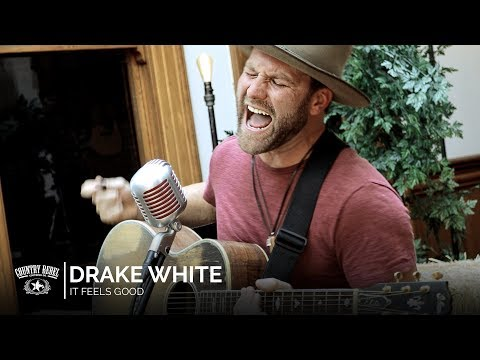 Drake White - It Feels Good (Acoustic) // Country Rebel HQ Session