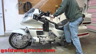How to get a GL1500, GL1800, or any Goldwing on and off the center stand