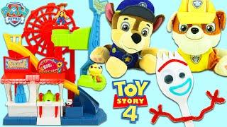 Історія іграшки Disney Pixar 4 Гра бойові виделки з Дитячого патруль Чейз проти сміття!