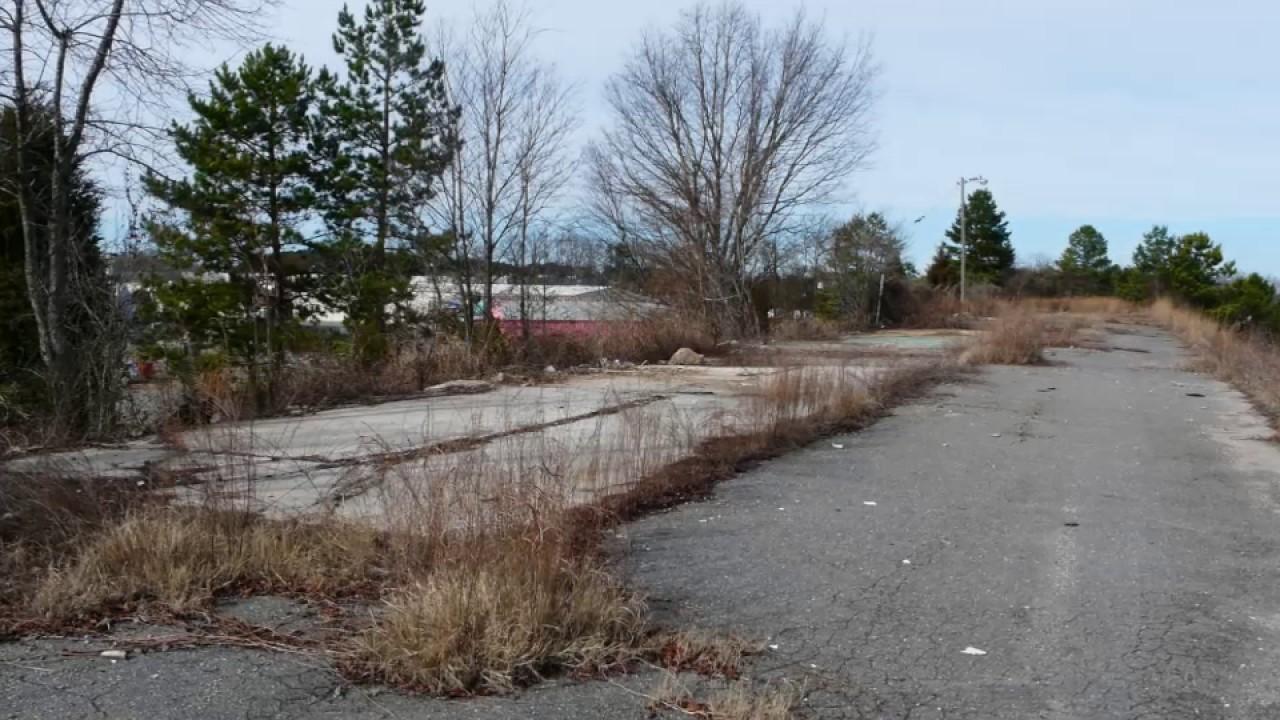 Abandoned Metrolina Speedway Charlotte Nc The Goad