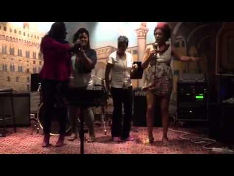 Karaoke in Cozumel