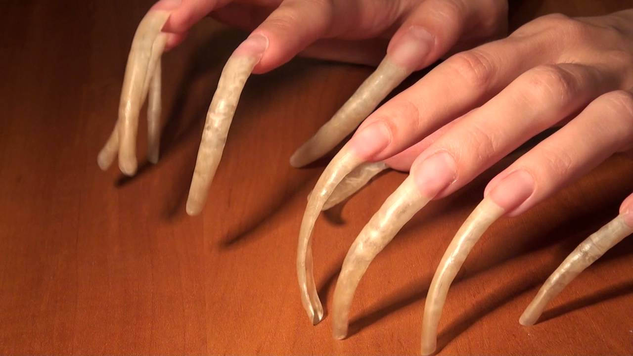 Long Nails Flicking on table - YouTube