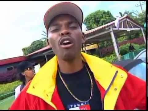 Mc Roger - Em Maputo Eu Me Sinto Bem (Remix)