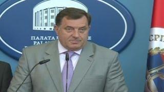 vuclip SDS i Dodik u novoj svađi - O skrivanju u brašnu i švercu cigareta