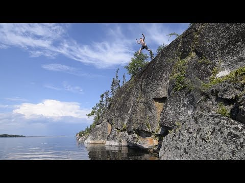 La Ronge Cliff Jumping and Nut Point Northern Lights