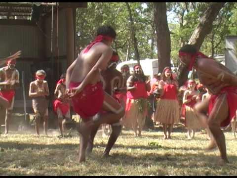 Kawanji Aboriginal dance group from Cairns, Australia (2)
