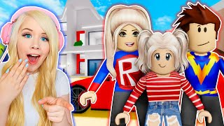 I GOT ADOPTED BY SUPERHEROES IN BROOKHAVEN! (ROBLOX BROOKHAVEN RP)