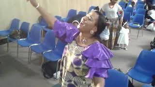Louange plus plus Jesus Le Rois des rois  / Lloyd Berry's Tshibangu  / Eglise Schekina Cathedrale
