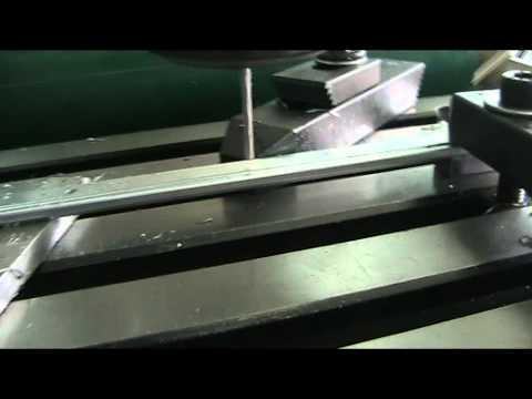 เครื่อง CNC เล็ก เจาะรู T bar อัตโนมัติ
