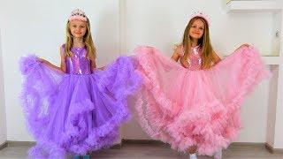 Polina como princesa se va de vacaciones con su amiga