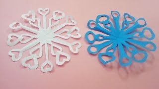 Paper snowflake tutorial - learn the way to create snowflakes in four minutes - Mr.Paper Crafts