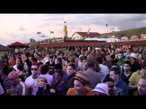 Paul Webster Playing You're Not Alone PW Remix Live @ Luminosity Beach Festival 2011 Part 1
