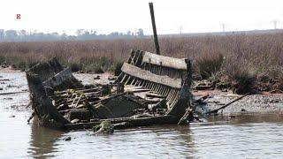 Venezia, il cimitero delle barche: duemila relitti accumulati in centinaia di anni