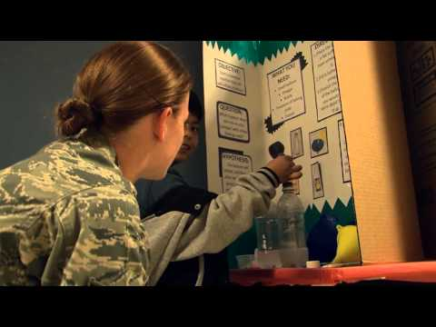 Guam Sailors, Airmen Volunteer at Liguan Elementary School Science Fair