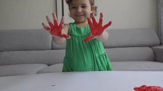 Развивающее видео для детей Рисование пальчиками Mika Miracle рисует красками Finger Paints 2016(Развивающее видео для детей Mika Miracle рисует красками для рисования пальчиками Finger Paints 2016 ! Рисование пальчи..., 2016-03-25T18:23:34.000Z)