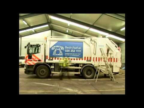 Fix Unlimited's Frame on the waste trucks in Amsterdam!