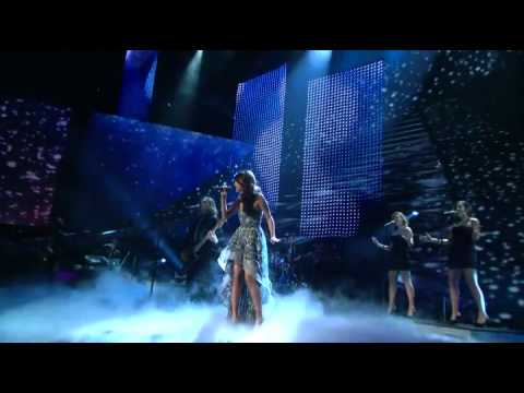 A Year Without Rain - Selena Gomez (Live People's Choice Awards)