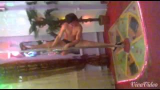 Вот как нужно отдыхать в сауне! смотреть до конца!(смешное видео,снятое в сауне в Майами Люкс. Так не смеется ни кто,как оператор))) Смешно))), 2014-11-25T08:30:15.000Z)