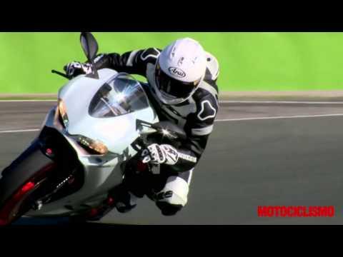 Ducati 959 Panigale: il test di Motociclismo a Valencia