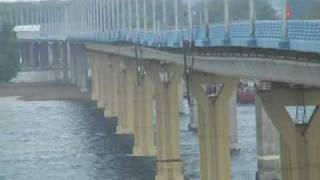 Мост через Волгу шатается (полная версия)(http://pro-volgograd.ru/news/id/1255 Мост через Волгу. По результатам техэкспертизы мостового перехода через Волгу может..., 2010-05-21T06:29:11.000Z)
