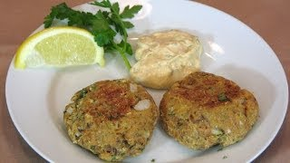 Salmon Patties -- Lynn's Recipes