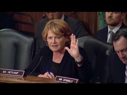 Heitkamp Questions SEC Chairman at Senate Hearing