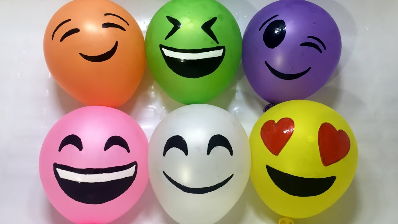 Fun learning colours with emoji smiley face wet balloons water balloons with surprise toys