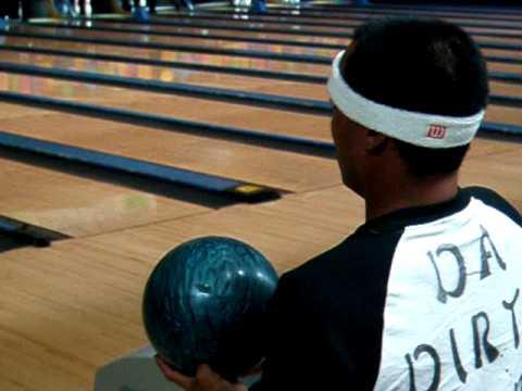 Zac Bowling Blindfolded