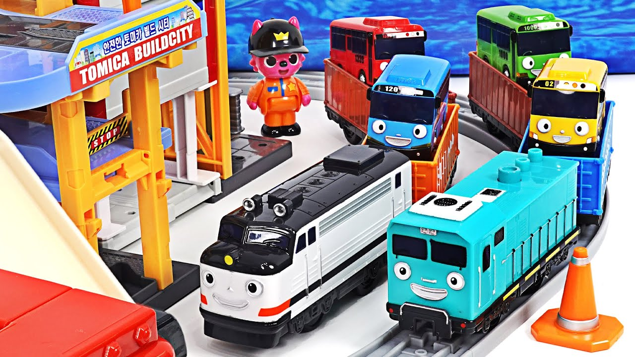 띠띠뽀 제니,세터 기차친구들이 타요 미니카를 싣고 칙칙폭폭~! | PinkyPopTOY