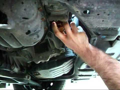 Oil Change 2010 Toyota Yaris Youtube
