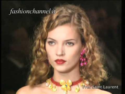 """PARIS VINTAGE"" A Look In The Past tribute to Paris Fashion Week"