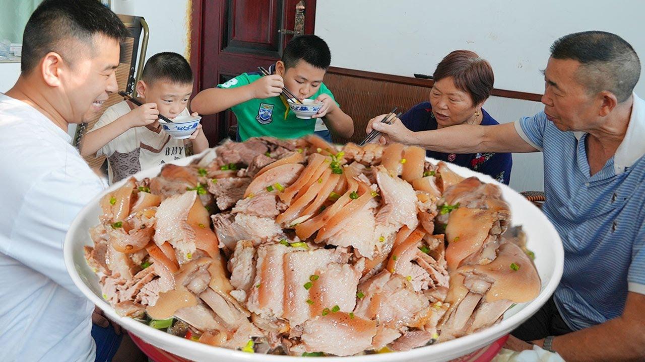 """【超小厨】儿子为啥不回家?100元大猪脚""""凉拌猪蹄""""不让吃,亲妈不如丈母娘好!/蘸水猪蹄"""