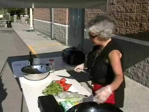 Mama Cooks the MV Farmers Mkt