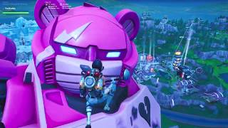 FORTNITE LIVE EVENT MECHA VS MONSTER FIGHT SEASON 9 CHAPTER 1