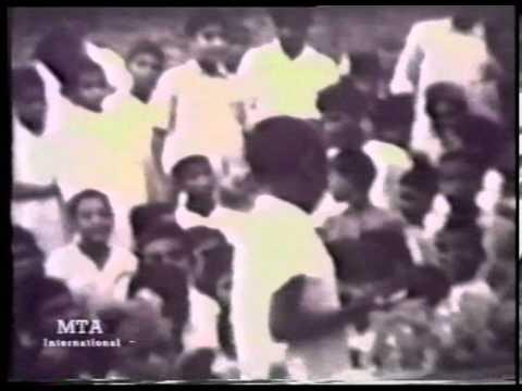 Historic Footage of Qadian and Interview of Bashir Ahmad Orchard at Jalsa Salana UK 2000