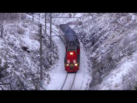 Последний рейс в уходящем 2017 году пригородного поезда Алапаевск - Екатеринбург под ТЭМ18ДМ-567
