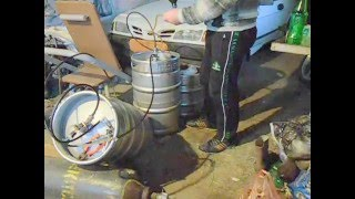 Наливаем пиво из кеги в бутылки .(, 2016-03-15T16:31:08.000Z)