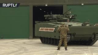 دبابات تخضع لفحوص نهائية قبل عرض
