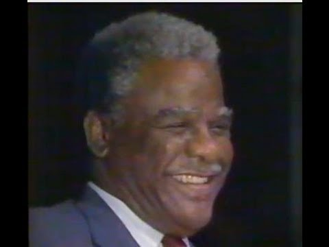 HAROLD WASHINGTON @ 1987 CHICAGO mayoral race - news piece by PHIL PONCE ( WBBM-CBS )