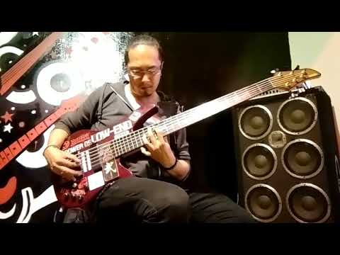 Heavy Chains - Loudness (intro bass cover by Zham Lucan)